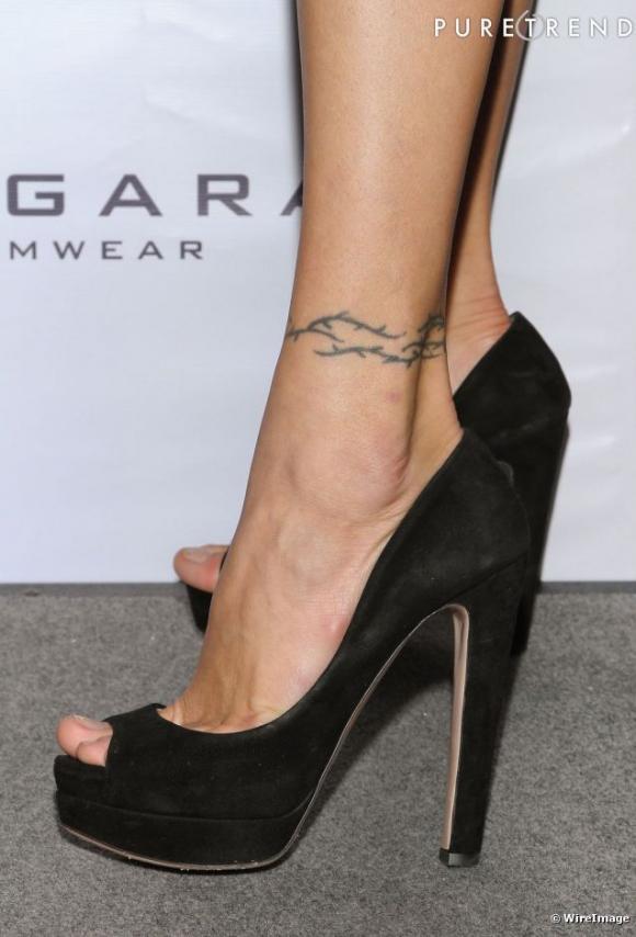 http://plume.cowblog.fr/images/Images/tatouagecheville2.jpg